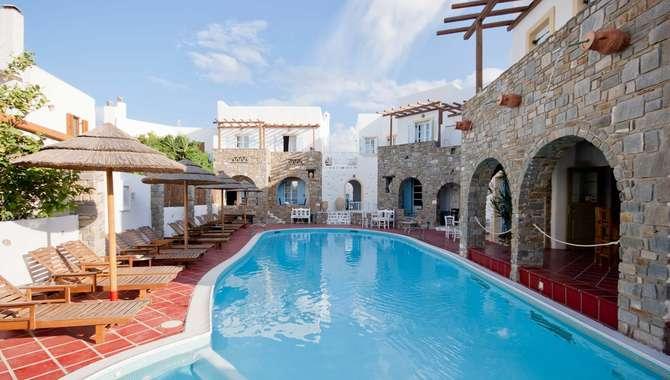 Zefi Hotel Naoussa