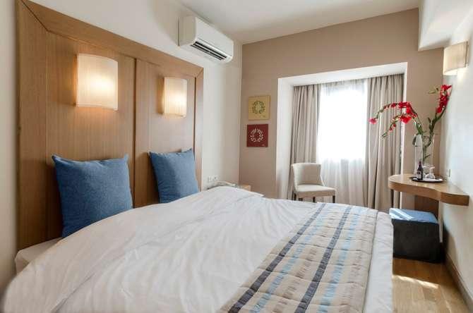 Hermes Hotel Athene