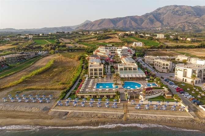 Hydramis Palace Resort