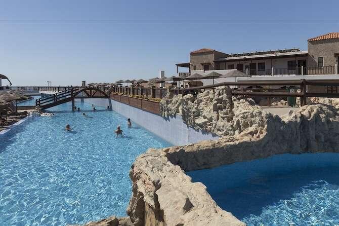 Costa Lindia Beach Resort Lárdos