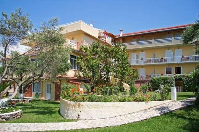 Lorenzo Hotel Lassi