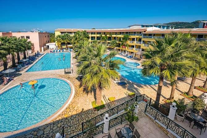 Caretta Beach Holiday Village Kalamaki