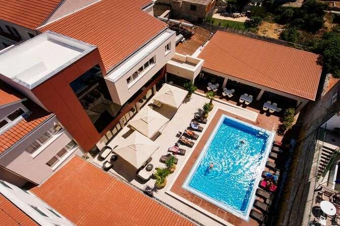 Hotel Borovnik Tisno