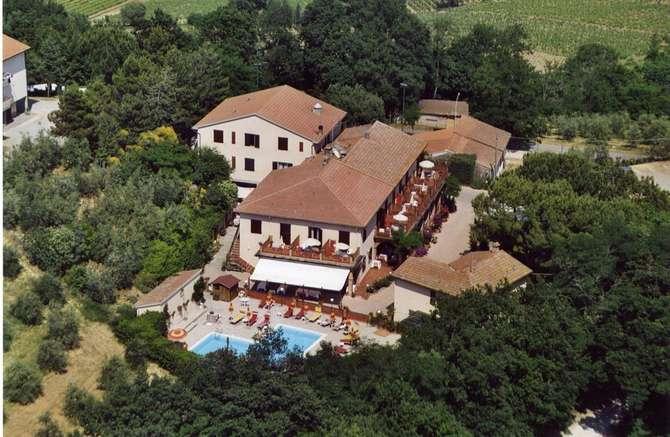 Hotel Le Renaie San Gimignano