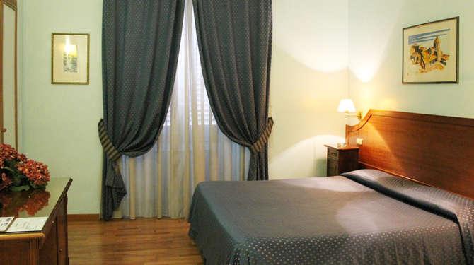 Hotel Fiori Rome