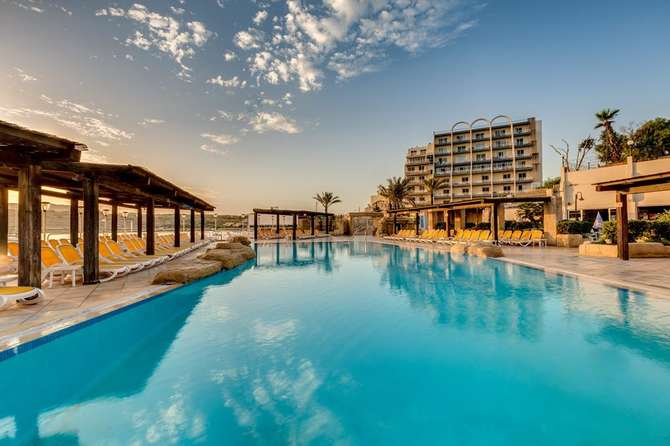 Sunny Coast Resort & Spa Qawra