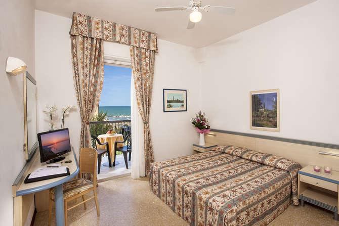 Hotel Brig Cattolica