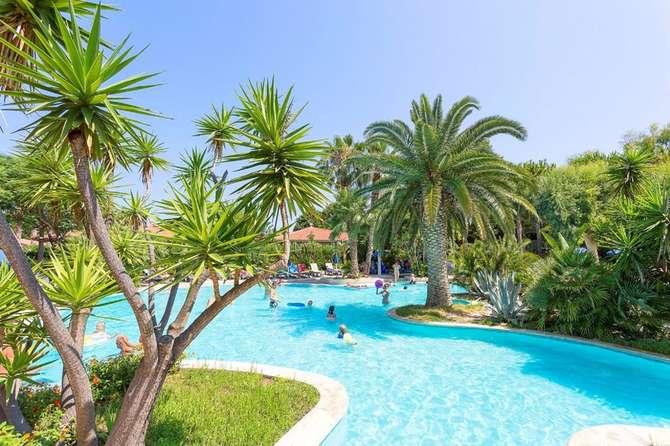 Fiesta Sicilia Resort Campofelice di Roccella