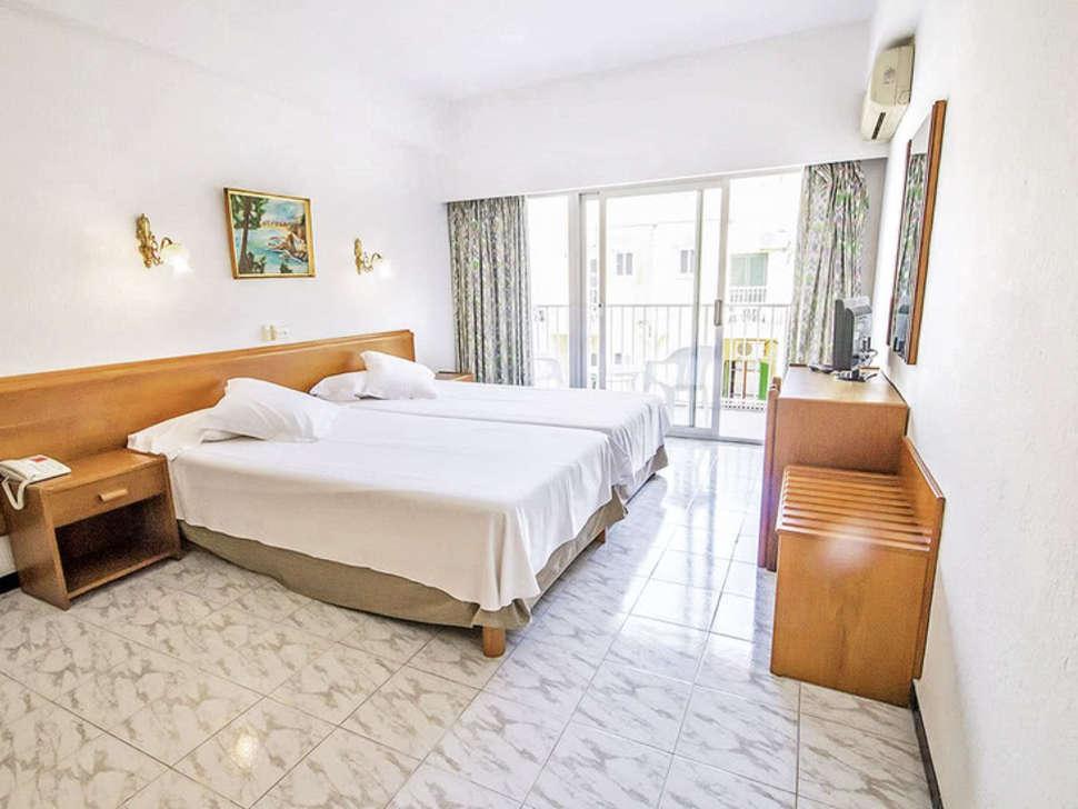 Gala Amic Hotel