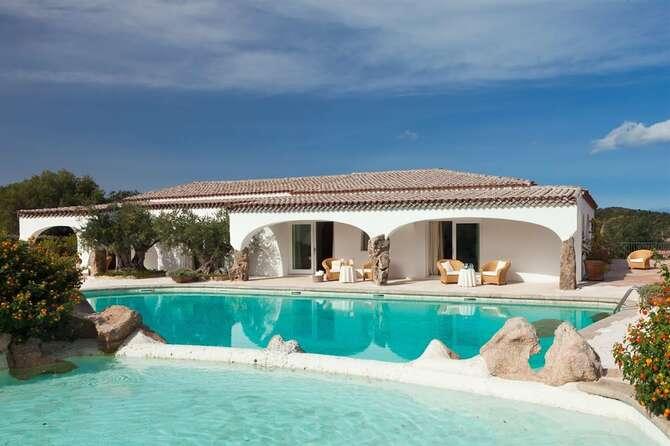 Hotel Pulicinu Baja Sardinia