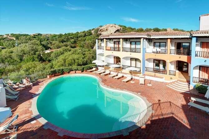 Hotel Club Li Graniti Baja Sardinia