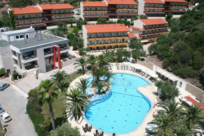 Hotel Lagomandra Elia Beach