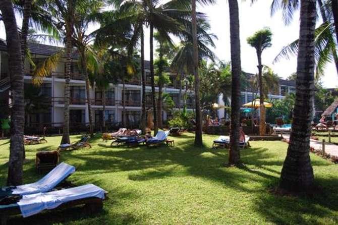 Travellers Beach Hotel & Club Bamburi