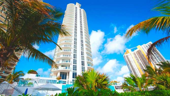 Marenas Beach Resort Miami Beach