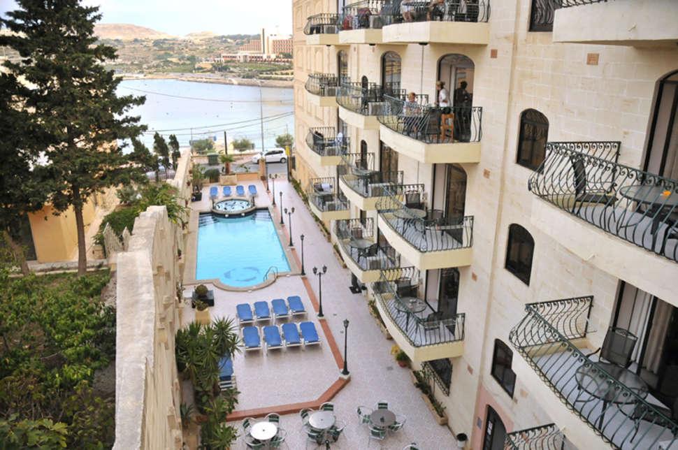 Goedkope zonvakantie Malta 🏝️White Dolphin Holiday Complex
