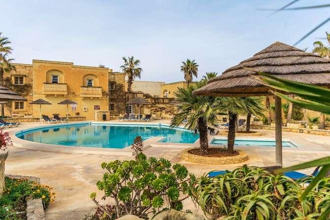 Resort Villagg Tal Fanal Għasri