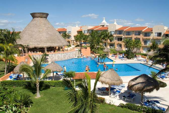 Viva Wyndham Azteca Playa del Carmen