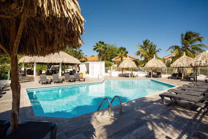 Bon Bini Seaside Resort Mambo Beach